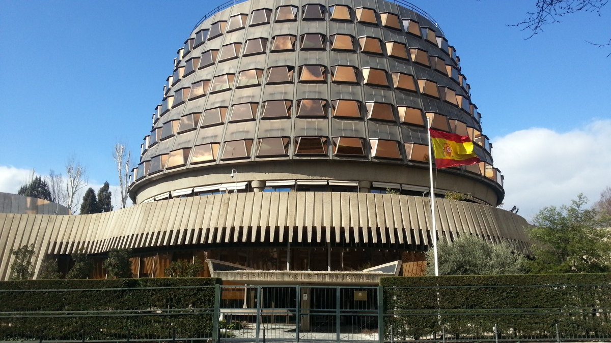El derecho a un proceso con todas las garantías: Sentencia Vilches Coronado vs España respecto de los artículos 6 CEDH y 24 C.E.